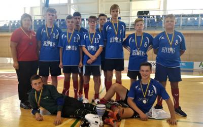 Molėtuose vyko Lietuvos jaunučių sporto ir vilčių grindų riedulio žaidynės